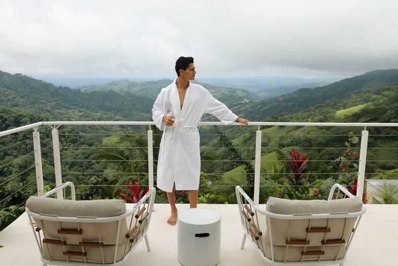 the-retreat-costa-rica-spa-balcony.JPG