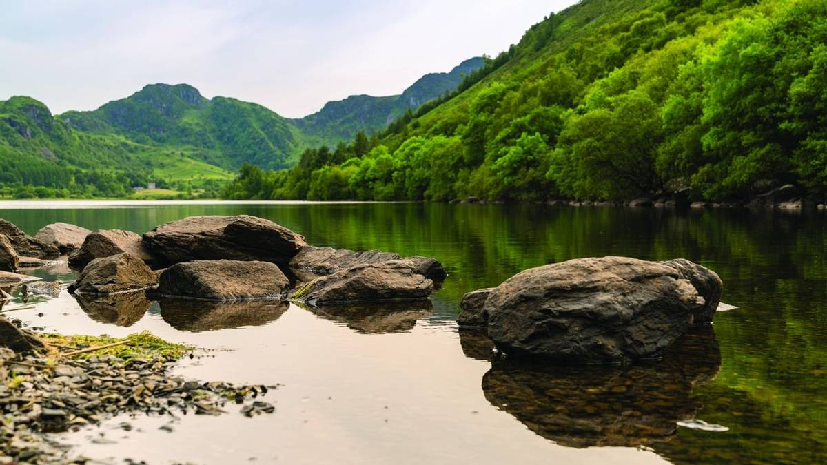 Llyn Crafnant, Wales, UK