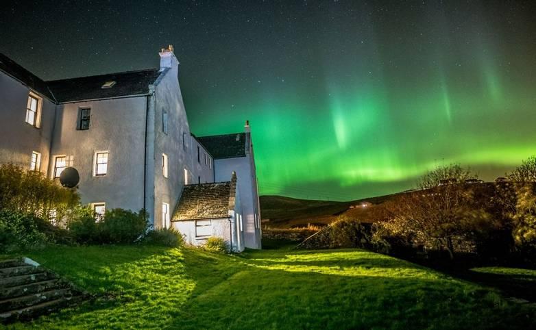 Orkney & Shetland - Busta House Hotel - Busta Northern Lights.jpg