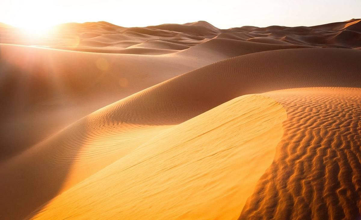 Sand Dunes, Tunisia Shutterstock 373593265