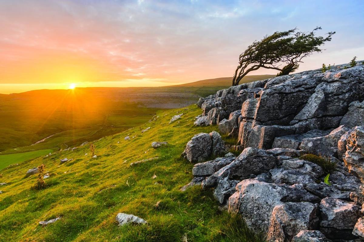 Vibrant Evening Sunset At Twistleton Scar In North Yorkshire, UK.