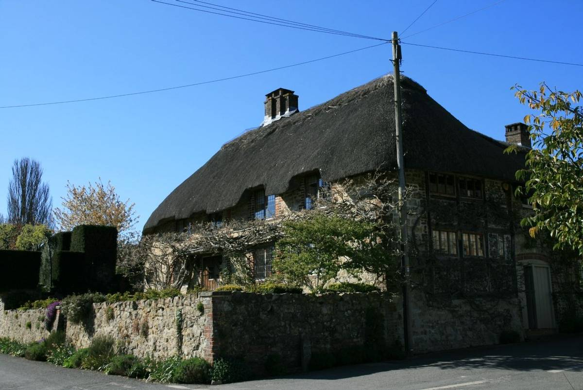 Cottage_Amberley_South_Downs.JPG