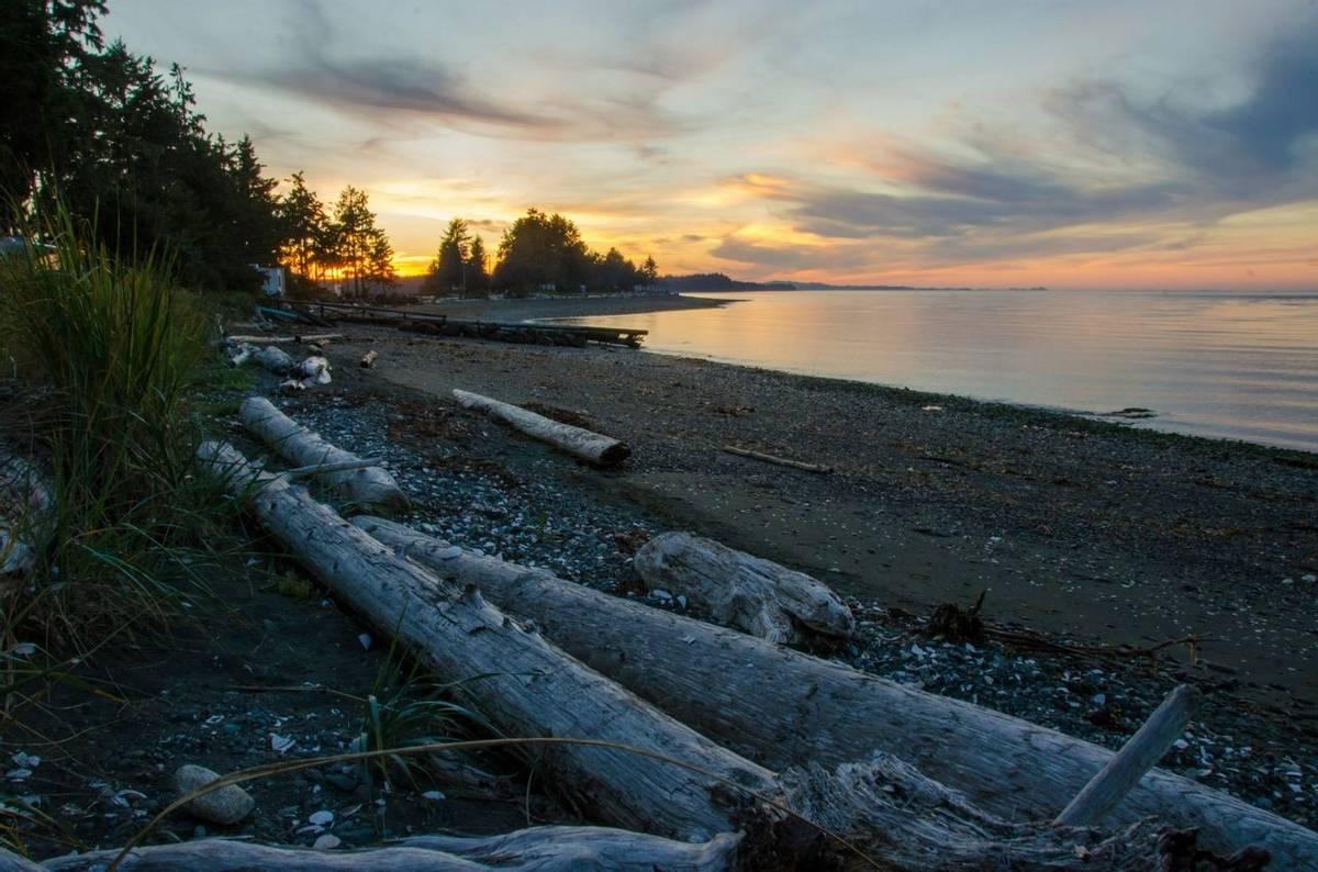 Vancouver Island sunset (Tim Melling)