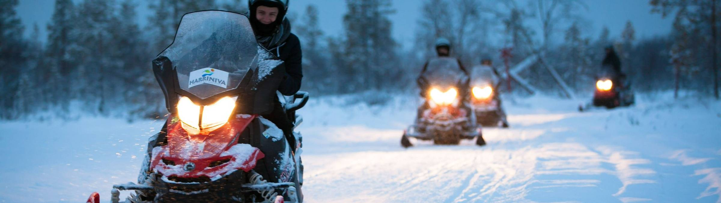 harriniva_snowmobile_large (8 of 9).jpg