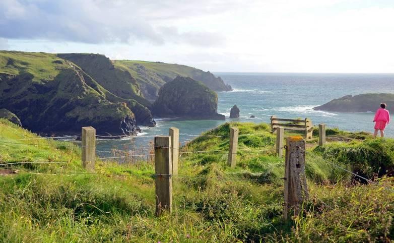 Cornwall - Helston - AdobeStock_44770142.jpeg