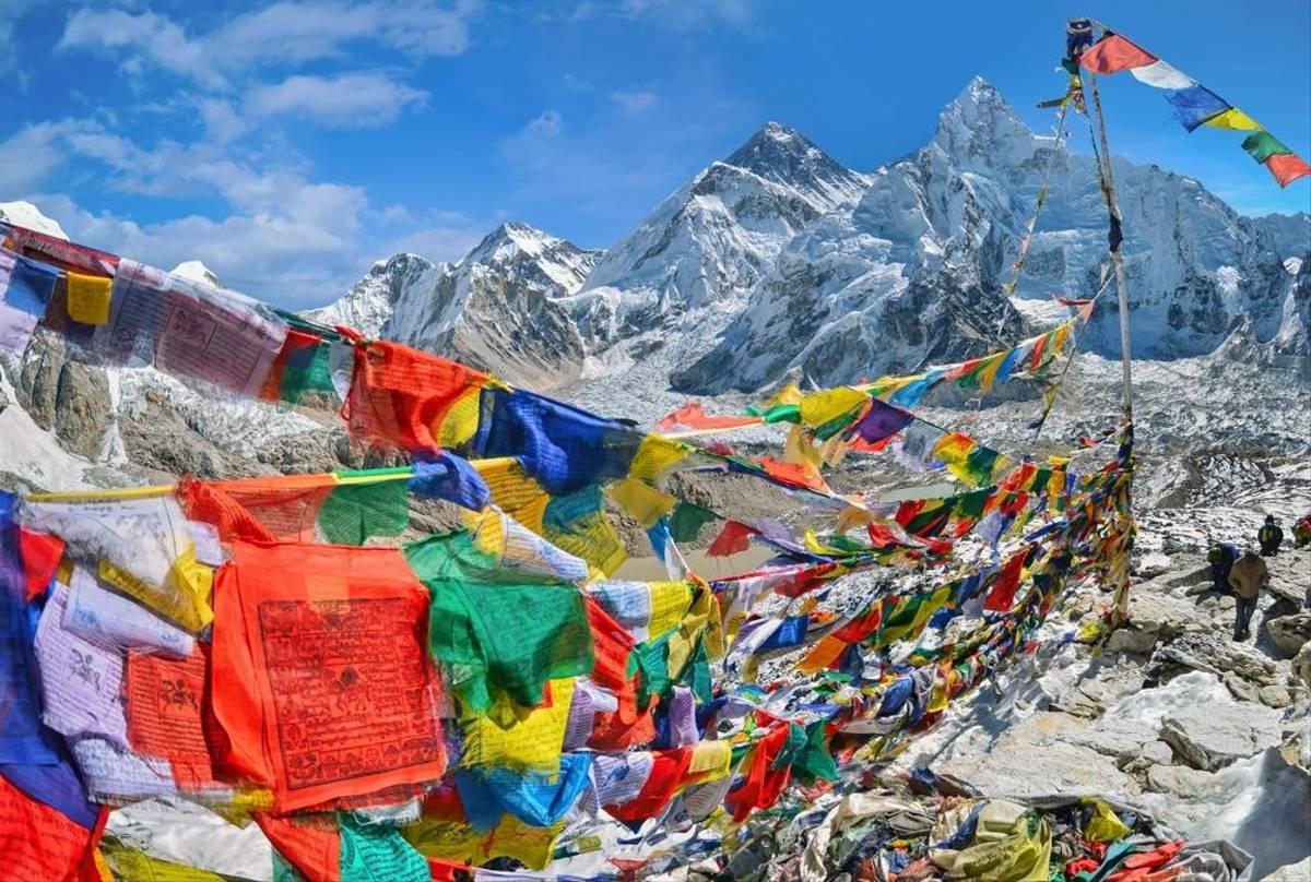 Mount Everest and Nuptse,  kala patthar in Sagarmatha National Park shutterstock_435158215.jpg