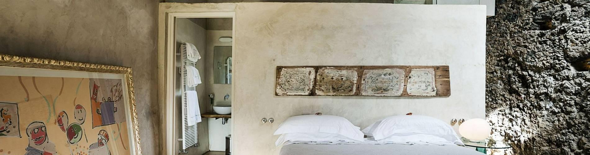 Monaci Delle Terre Nere, Sicily, Italy, Deluxe Dolce (2).jpg