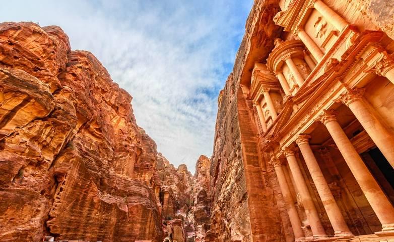 Jordan - Petra - AdobeStock_61151415.jpeg