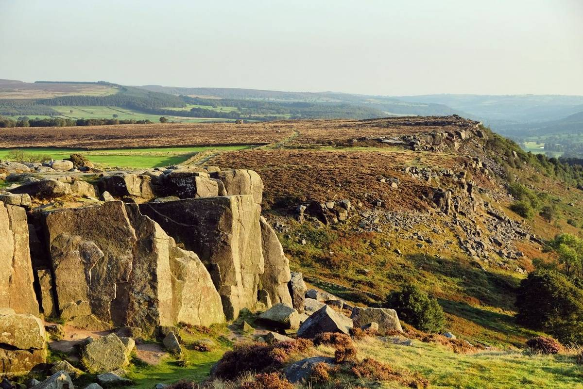 A view towards Baslow Edge in the Derbyshire Dales, Peak District, UK