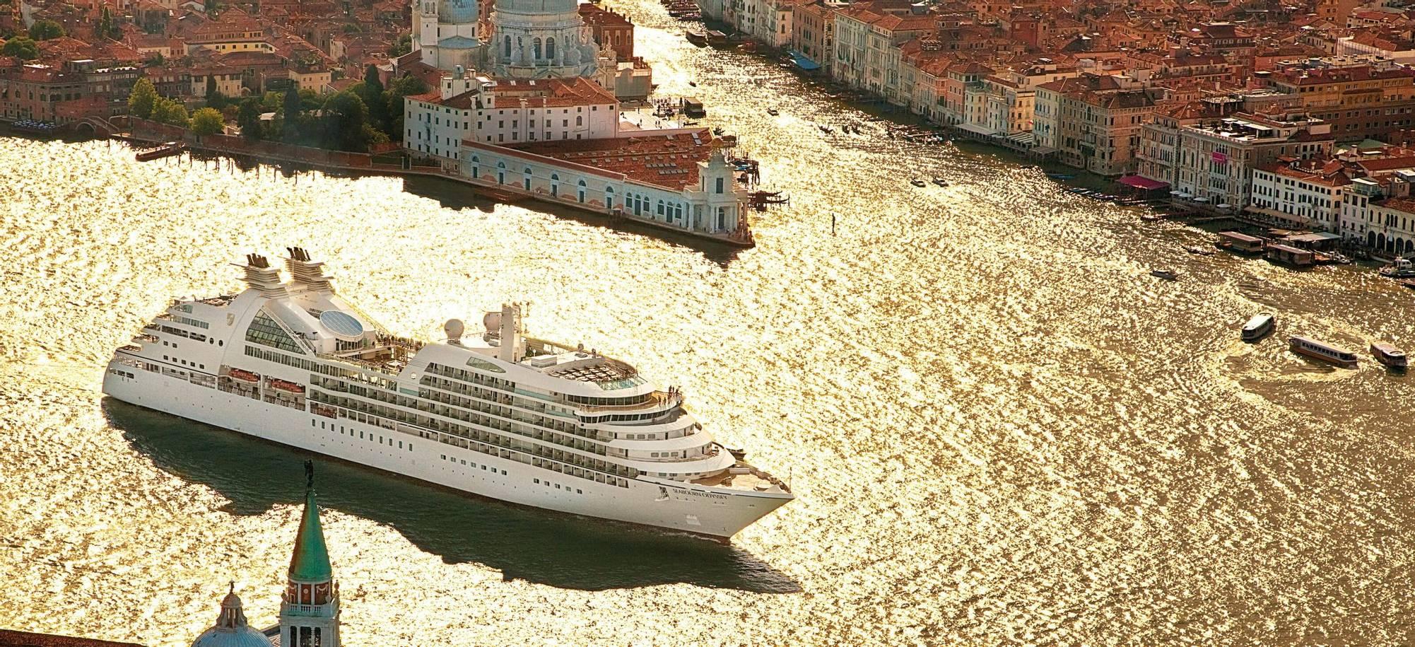 Seabourne_VSOE_ship.jpg