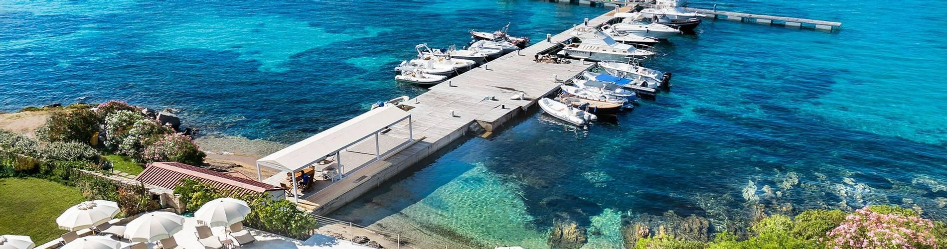 5 Pool-Terrace---Gabbiano-Azzurro-Sardegna.jpg