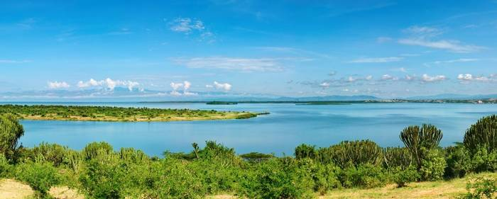 Kazinga Channel,  Queen Elizabeth National Park, Uganda Shutterstock 19126654