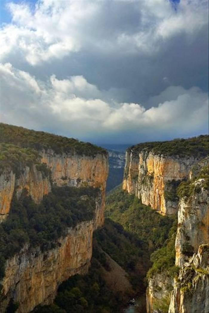 Navarra steppes - Roncal (Jose Ardaiz)