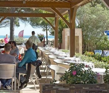 French Catalonia - Grand Hotel du Lido - terrasse-du-restaurant_25888944682_o.jpg