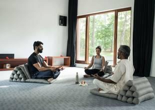 Shreyas-chakra-meditation.jpg