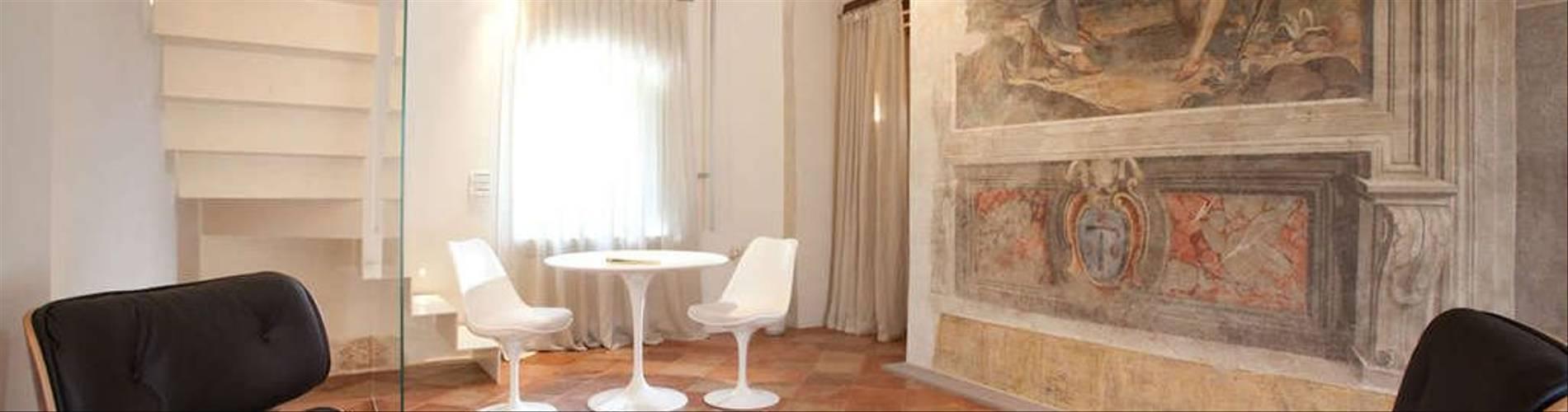 Nun Assisi 3.jpg