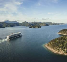 Sydney - Embark Queen Elizabeth