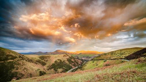 7-Night Shropshire Hills Christmas & New Year Guided Walking Holiday