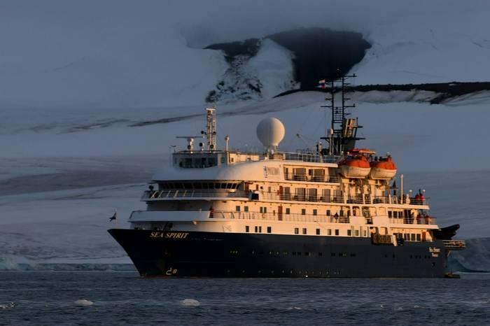 MV Sea Spirit.jpg
