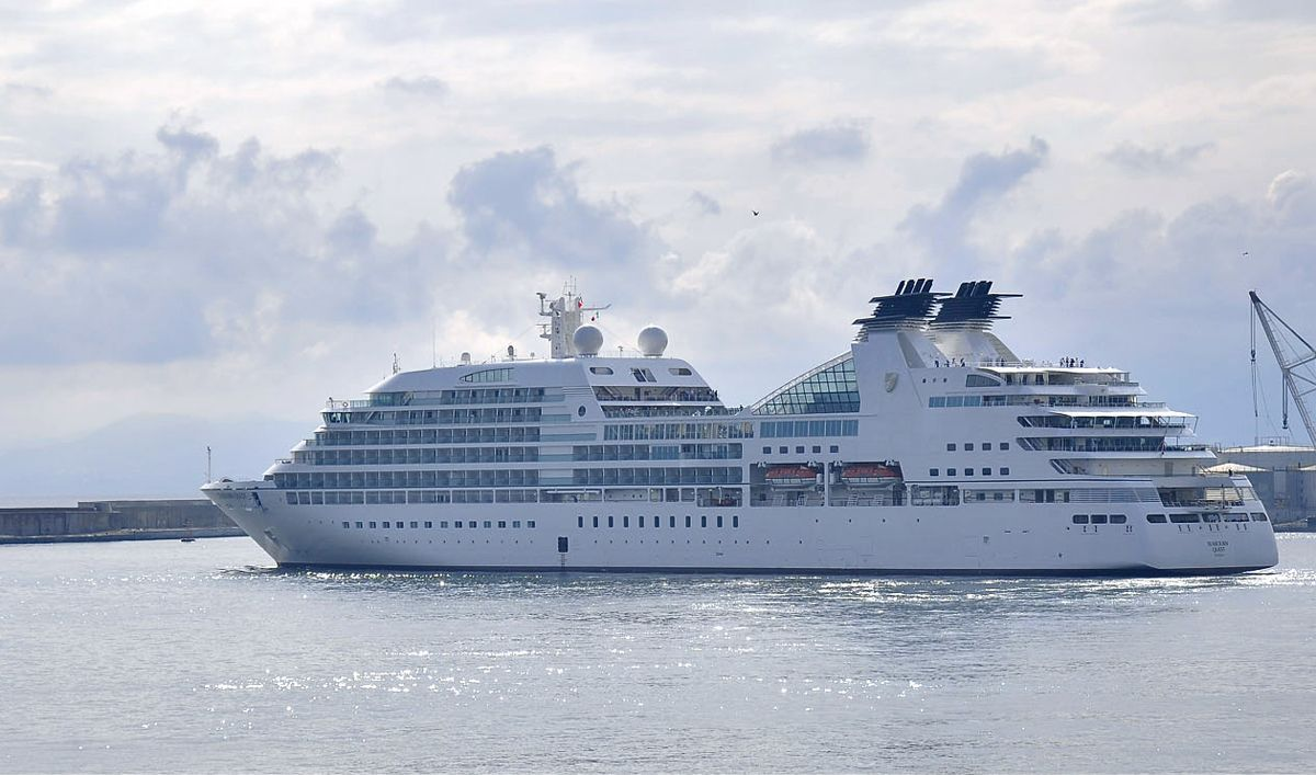SHIPS-900 x 530_Seabourn Quest.jpg