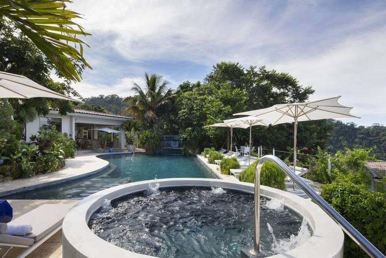 the-retreat-costa-rica-main-pool-5.jpg
