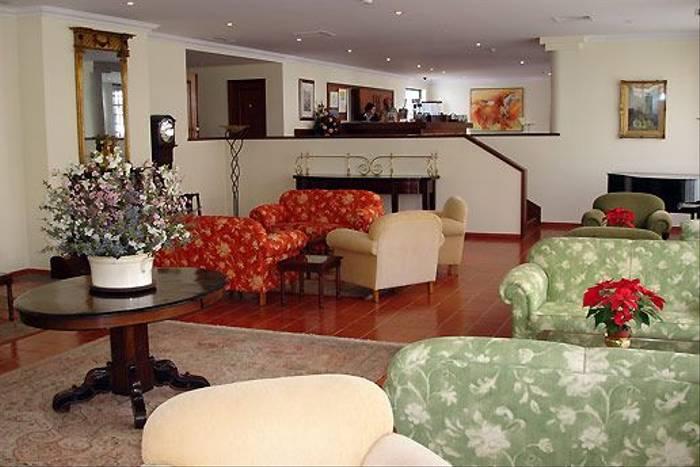 Hotel Quinta da Penha de França, lobby