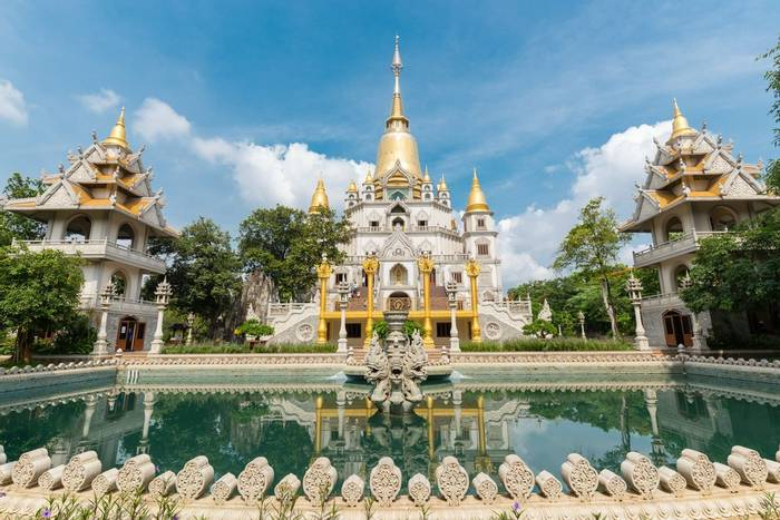 Buu Long Pagoda at District 9, Ho Chi Minh City, Vietnam shutterstock_404797840.jpg