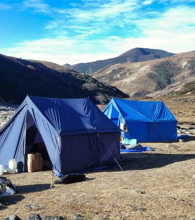 Lower Gur Camp (3,320m)