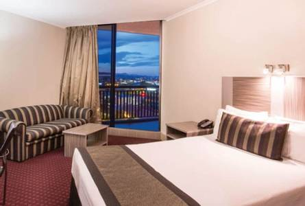 Brisbane Hotel 1