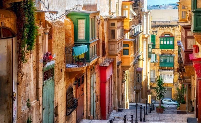 Narrow street in Valletta - the capital of Malta.,