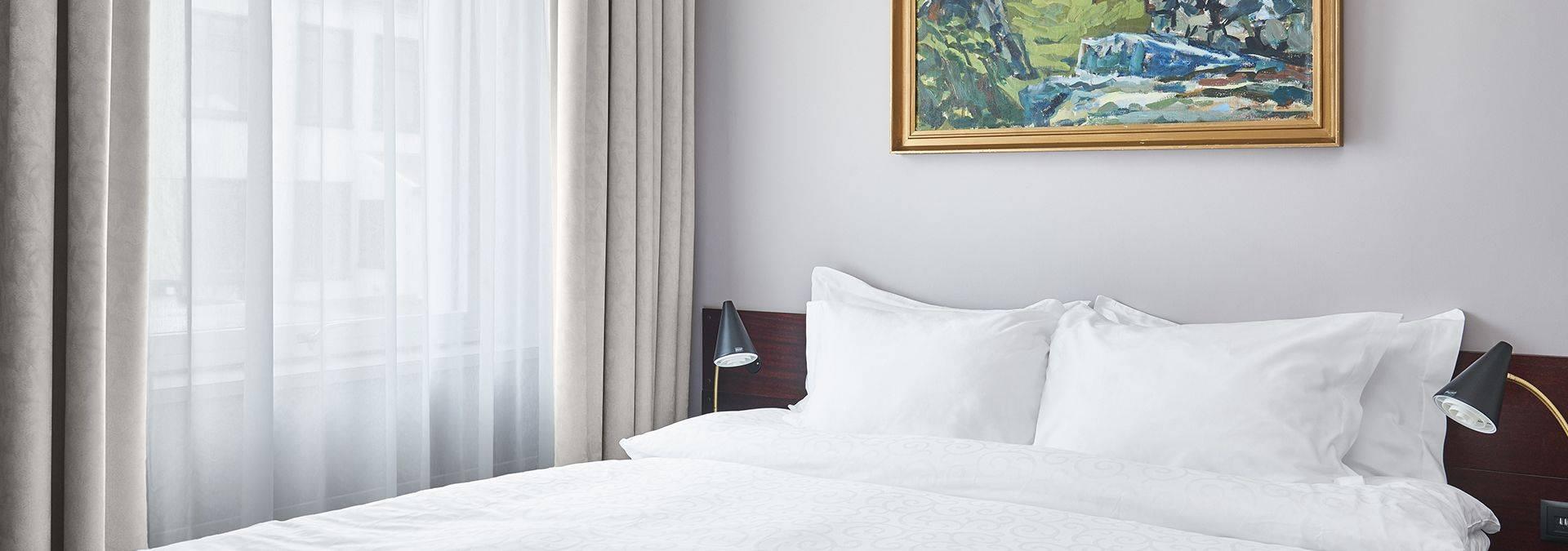Hotel Holt Room Junior 01 1920x1000