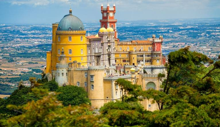 Shutterstock 137157653 Pena National Palace In Sintra
