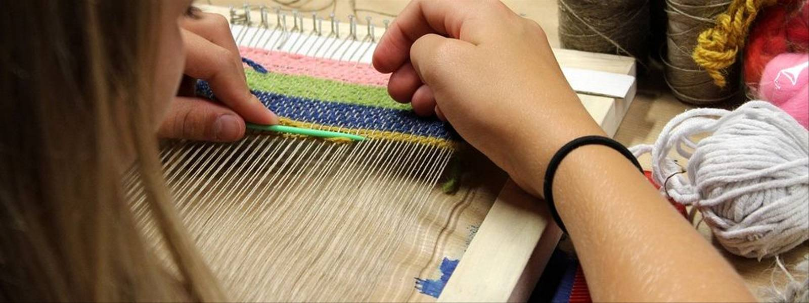 weaving-3559059_960_720 Pixabay.jpg