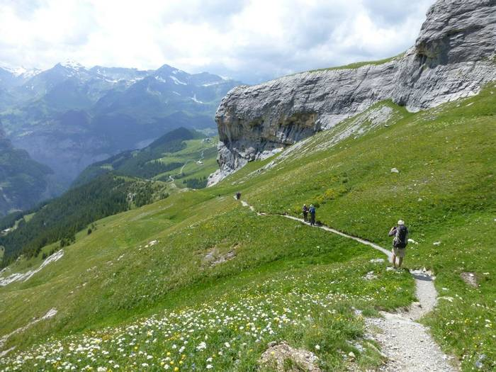 Descent from the Eiger Gletcher (Kerrie Porteous)