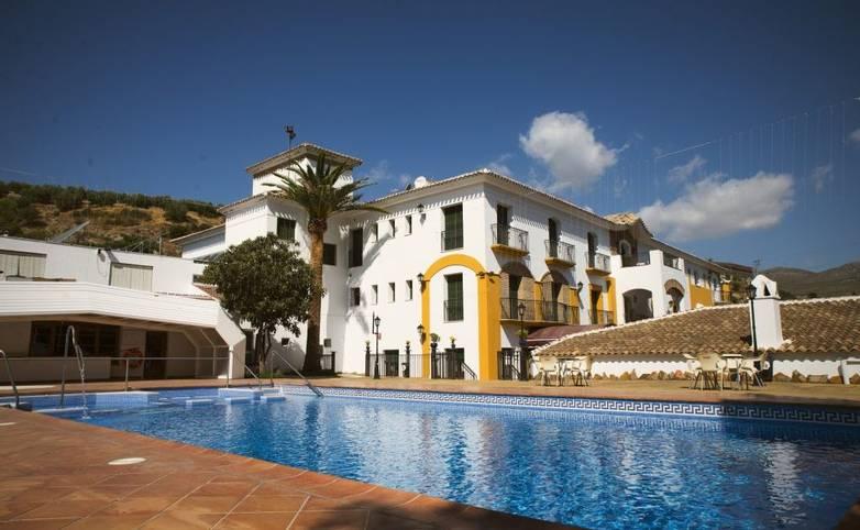 Spain - Andalucia -  Priego de Cordoba - Piscina-H.-Palomas-1024x684.jpg