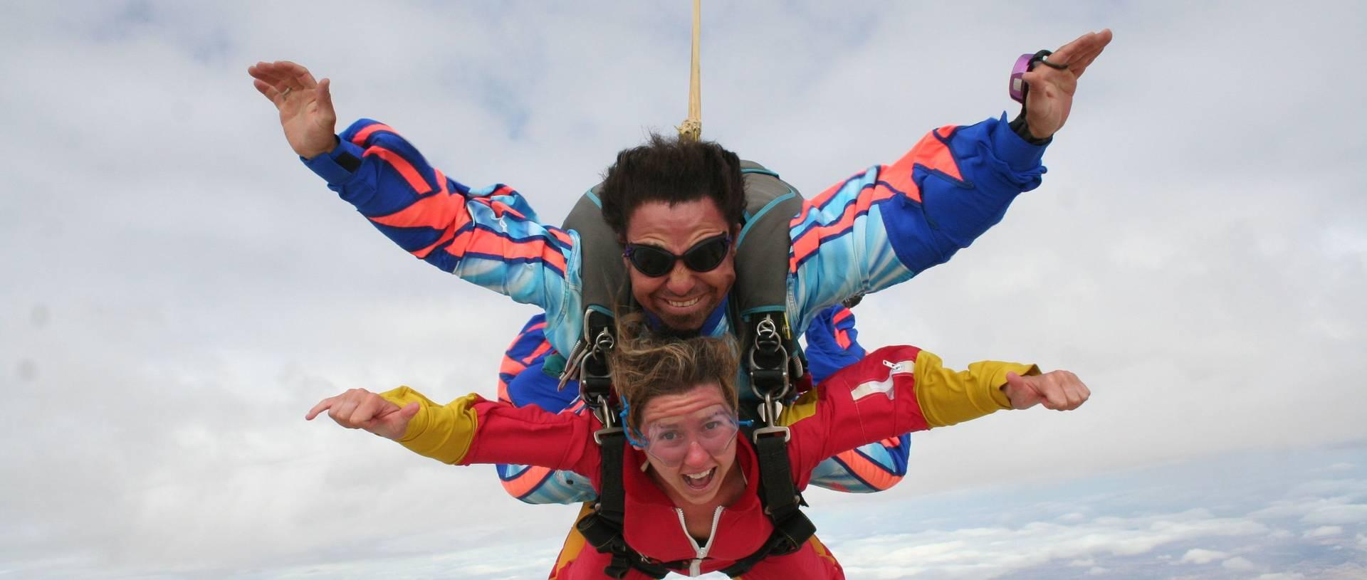 Sky Diving Swakopmund.jpg