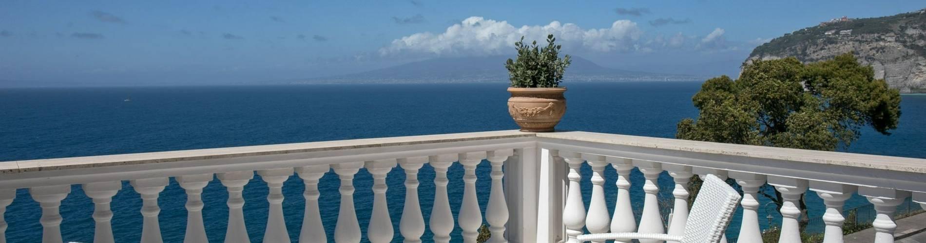 Villa Garden, Amalfi, Italy (3).jpg