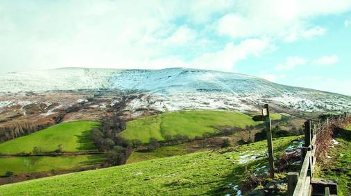 4-Night Brecon Beacons Christmas & New Year Guided Walking Holiday