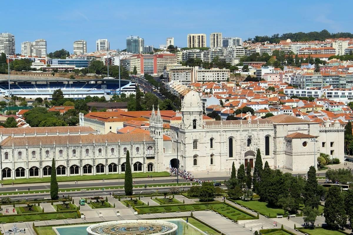 Portugal - Lisbon - Gardens & Palaces of Lisbon and Sintra - AdobeStock_238941986.jpeg