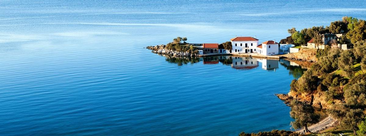 Greece-Lafkos-Pelion-AdobeStock_143306568.jpeg