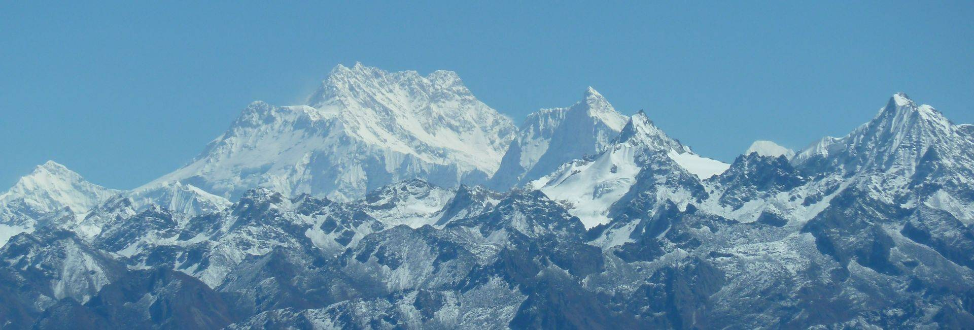 Kanchenjunga BC to Makalu BC on Section 1 of The Great Himalaya Trail (GHT)