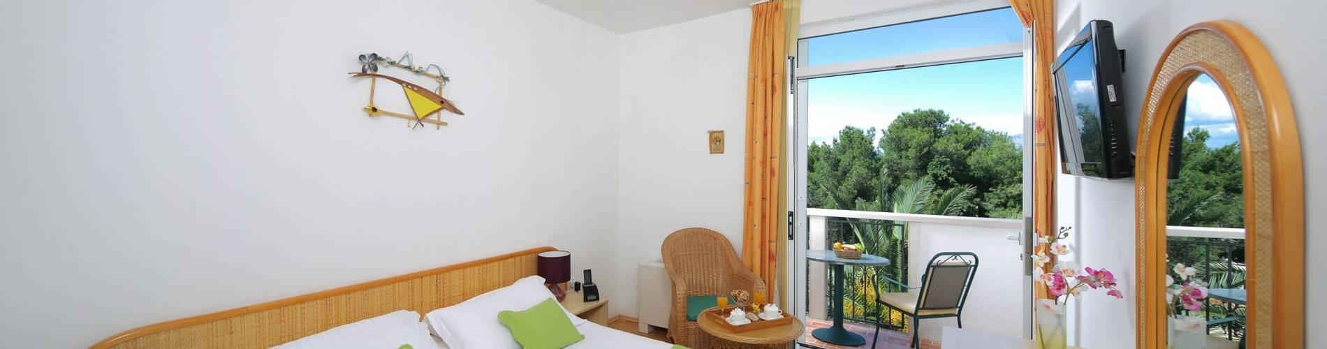 Hotel Villa ADRIATICA 2014 ZSuperior Double Room 9X19 panorama 14MB.jpg