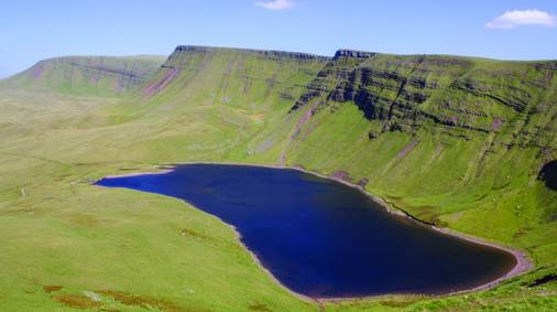 7-Night Brecon Beacons Walking with Sightseeing Holiday