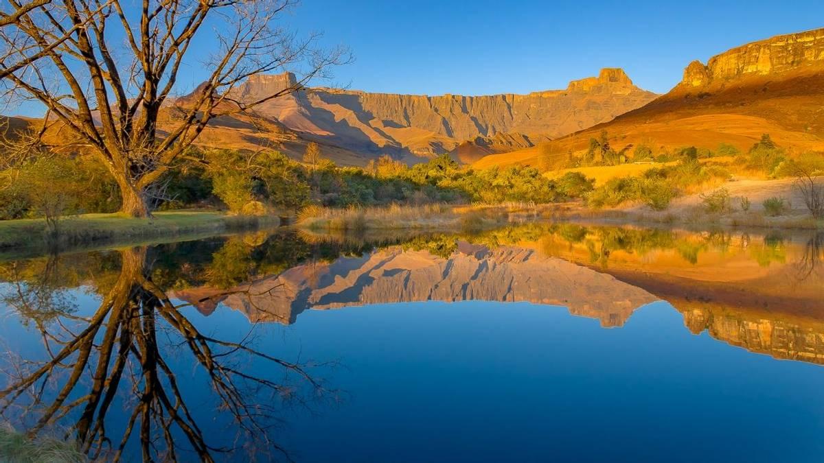 Drakensberg - AdobeStock_141268707.jpeg
