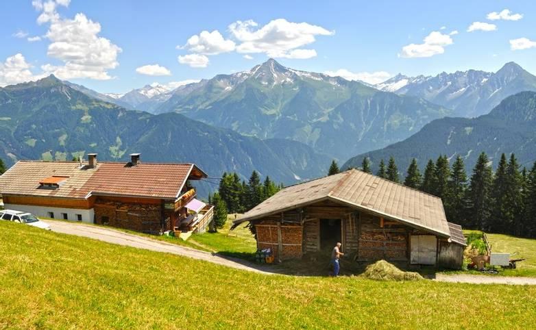 Austria - Mayrhofen - AdobeStock_79507926.jpeg