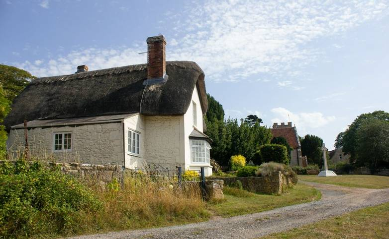 Calbourne_Isle_of_Wight_AdobeStock_372014425.jpeg