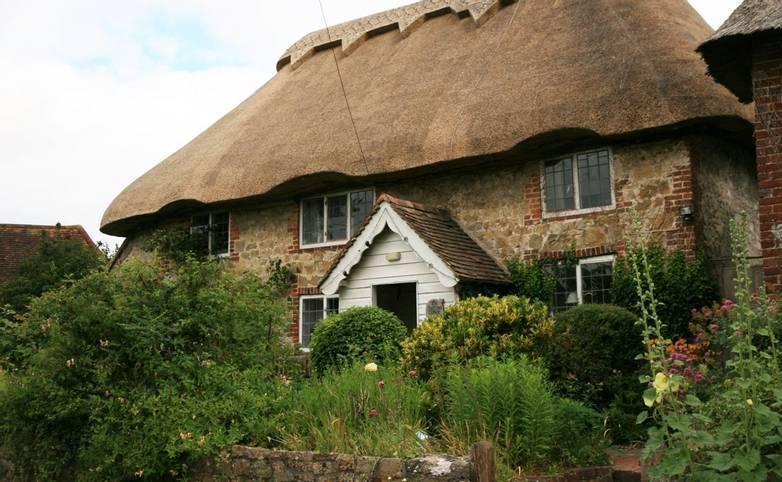 Amberley_cottage_garden.JPG