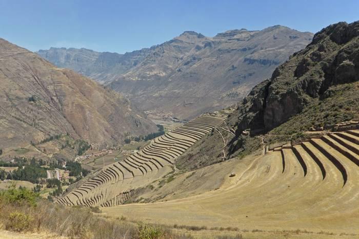 Inca terraces at Pisac (Robert Davidson).JPG