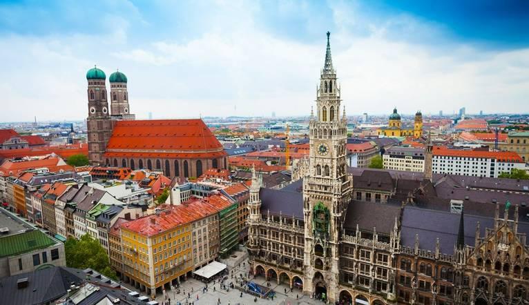 Shutterstock 224945170 Town Hall, Vienna