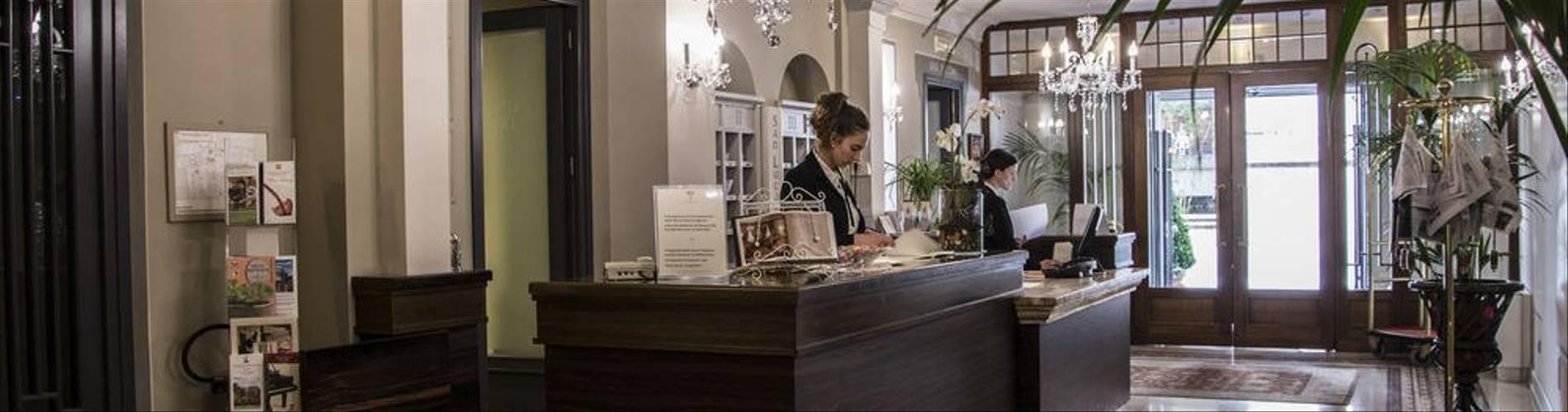 03-Hotel San Luca Palace.jpg